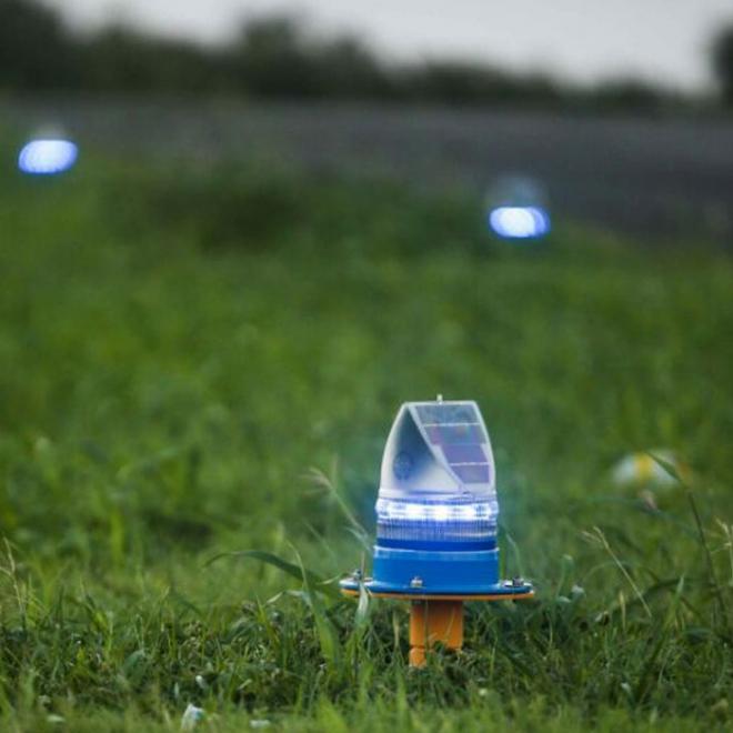 Solar-Runway-Edge-Light
